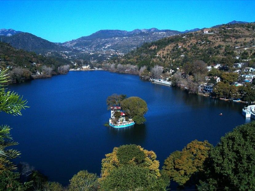 Nainital: Naini Lake Nainital