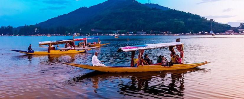Shikara Ride Kashmir