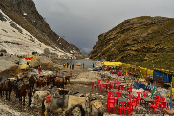 Beas-Kund-near-Rohtang-Pass-in-District-Kullu-Himachal-Pradesh