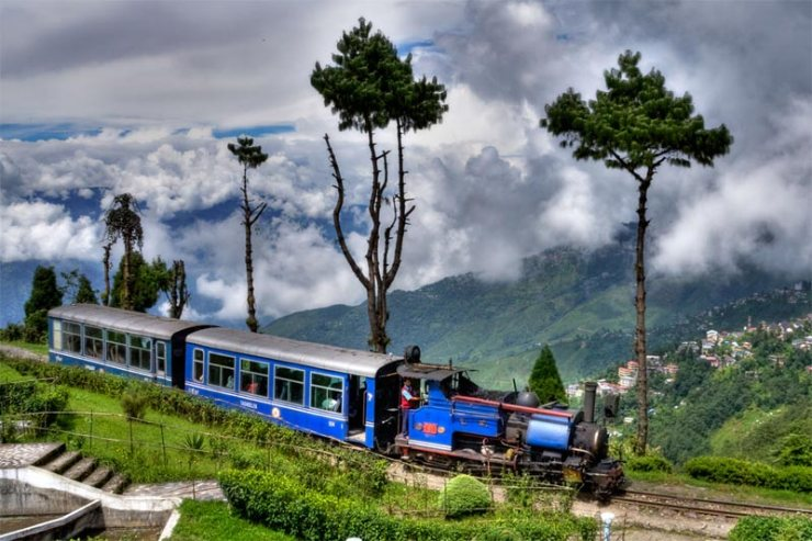 Darjeeling Holiday Vacation