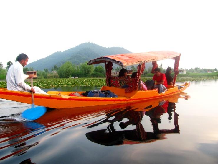 Shikara ride Srinager