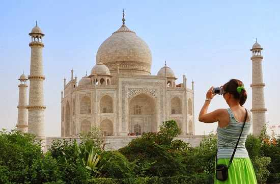 Taj Mahal Romantic