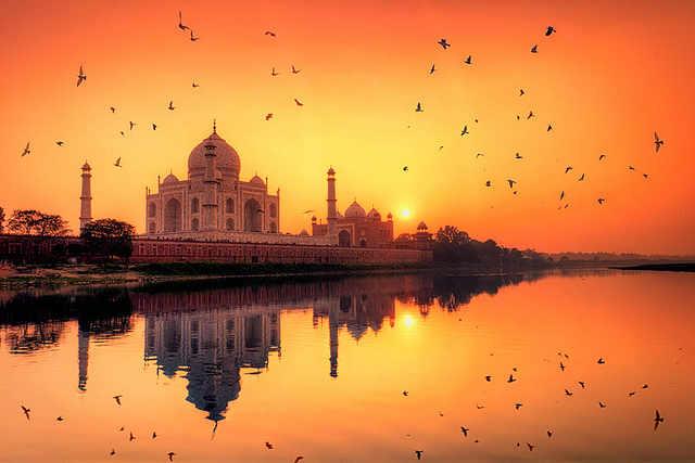 Taj Mahal Romantic