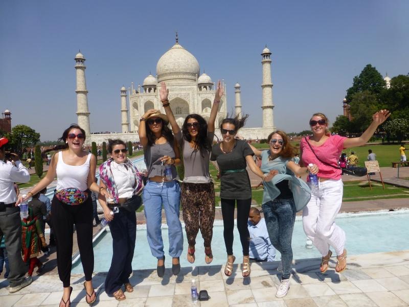 Taj Mahal tourism